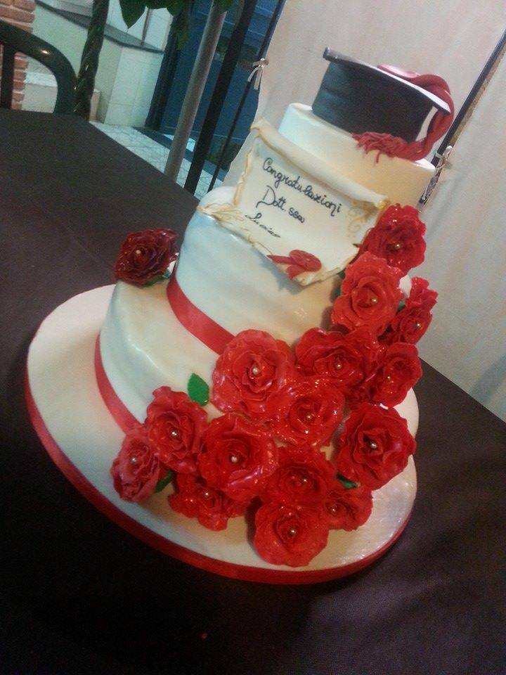 Torte Compleanno Per Adulti Floriana 39 S Bakery