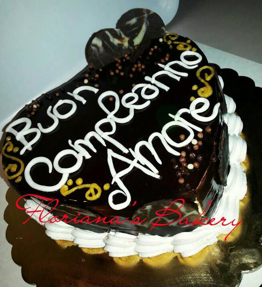 Torta Sette veli con decorazioni in cioccolato E SCRITTA \u0027\u0027Buon  compleanno amore\u0027\u0027